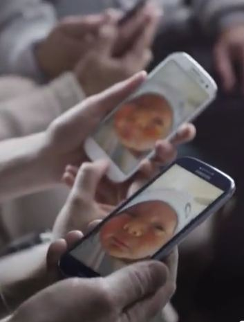 Samsung Galaxy S 3 Sharing Babies